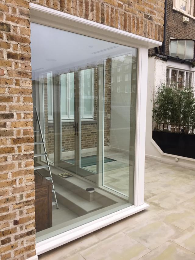 External Glazing - Corner Wall