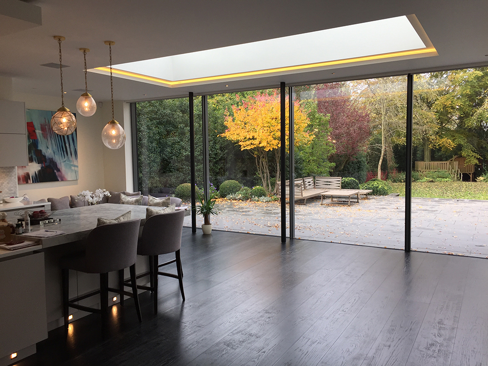 Spacious kitchen with lots of light from window