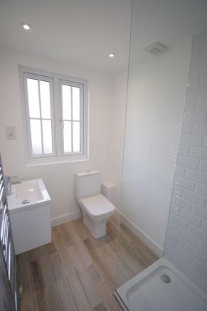 Simple Bathroom Layout